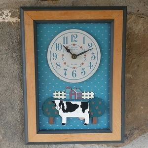 Vintage Elgin Clock Co. Cow Wall Clock